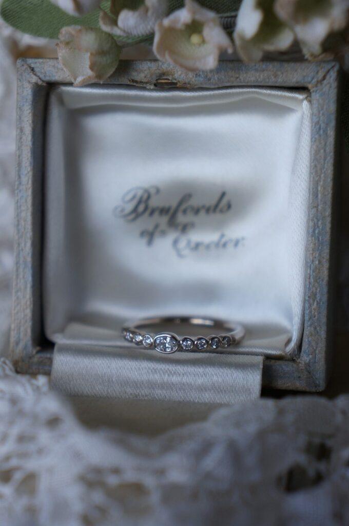 ときめきを紡いで  婚約指輪オーダー品