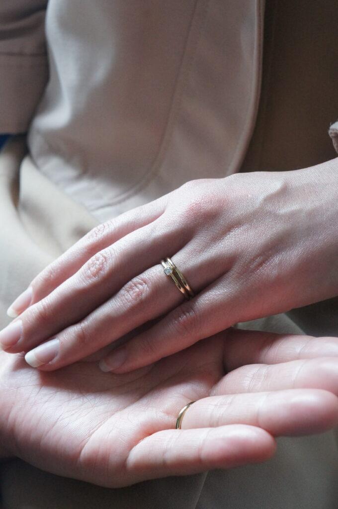サプライズで贈られたエンゲージリングと♡ 婚約指輪&結婚指輪