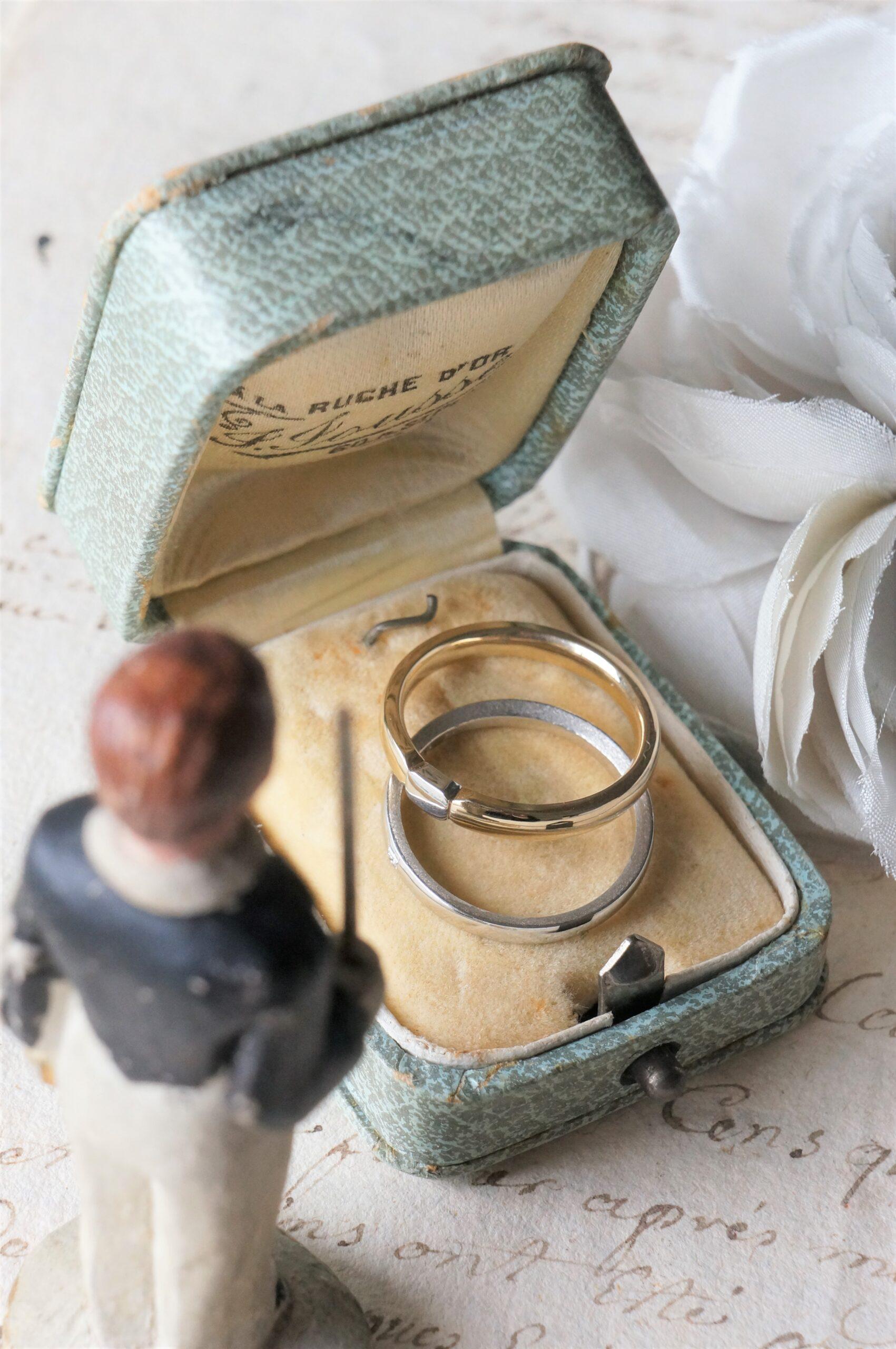 テクスチャーにも拘って 結婚指輪