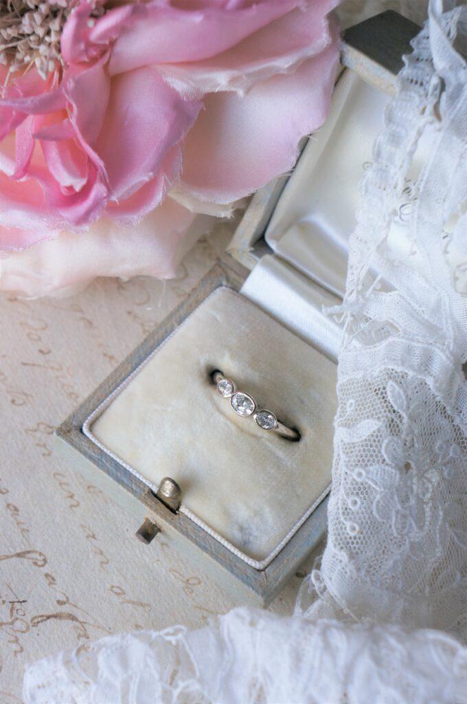 稀少なカッティングで揃えた一点物もの 婚約指輪にもおすすめです♡