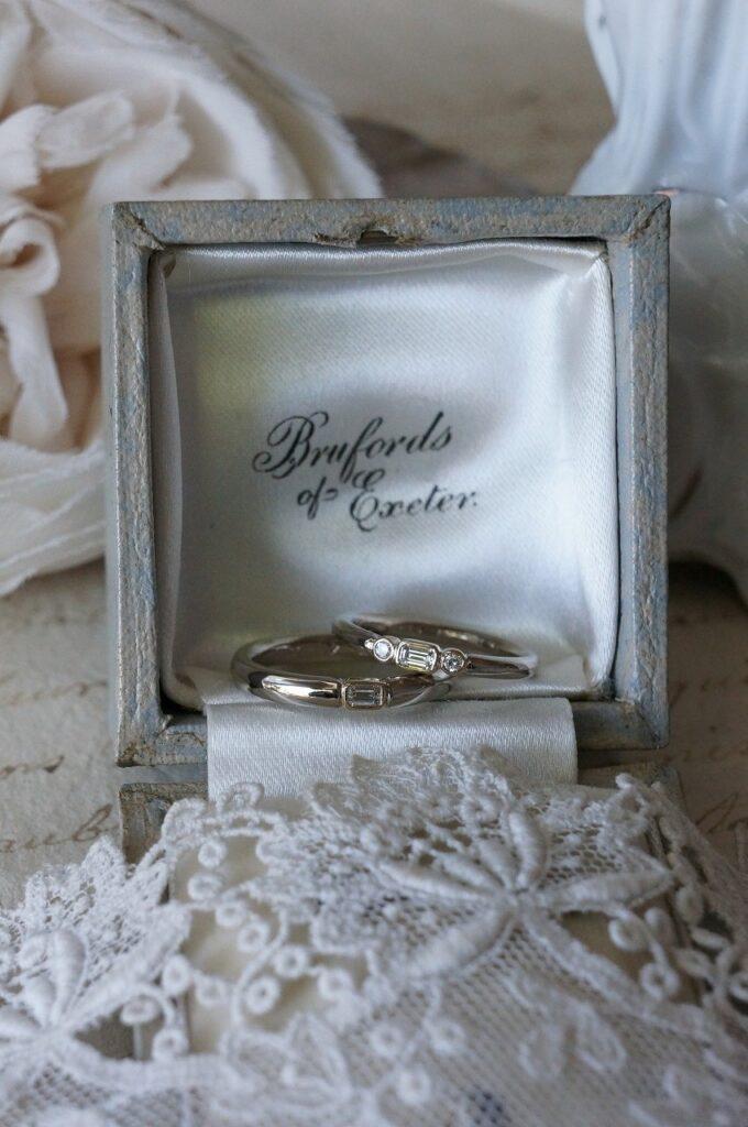 クールな魅力のダイアモンドを結婚指輪に♡