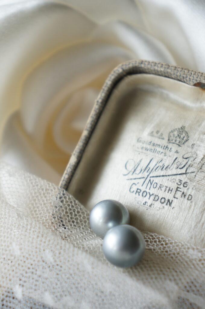 やわらかな魅力の真珠はお似合いの方へと