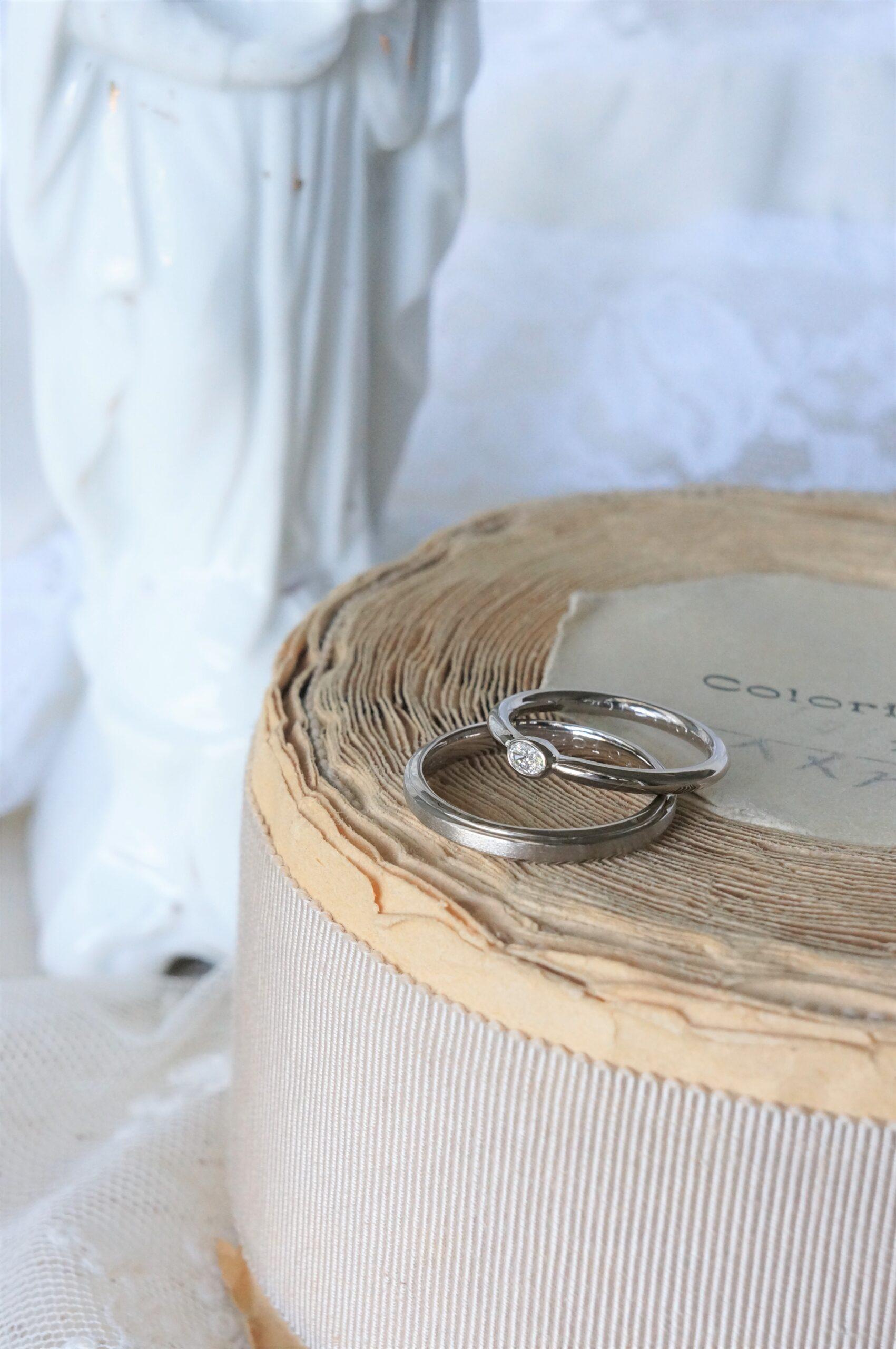 色合いを揃えて♡ 結婚指輪