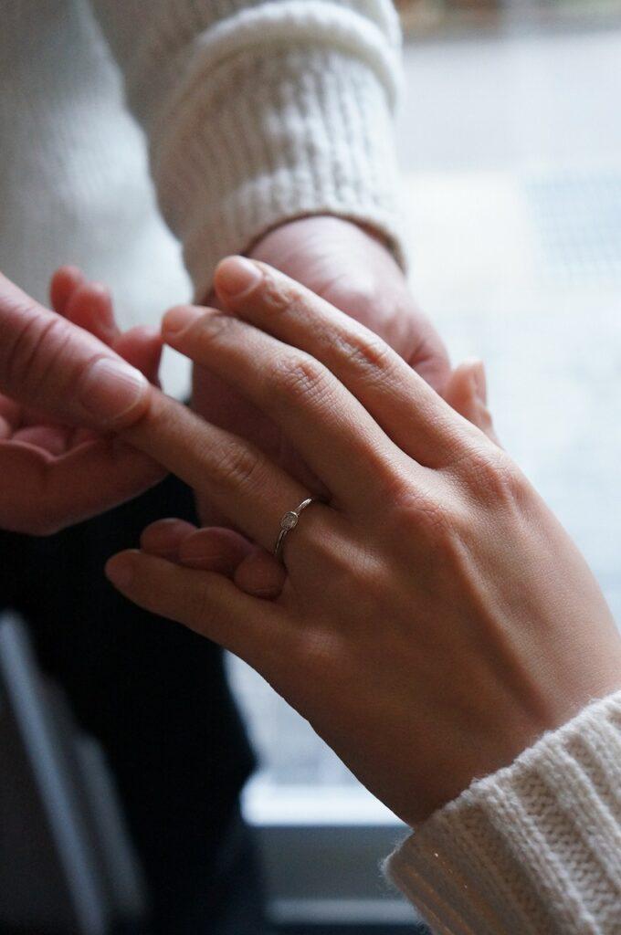 鳥取市から 彼女のお気に入りの一点物を婚約指輪として