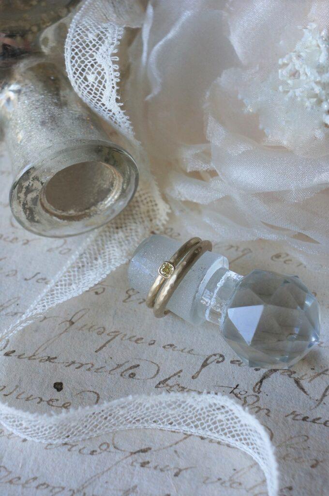 ふたりらしく イエローダイアモンド 結婚指輪