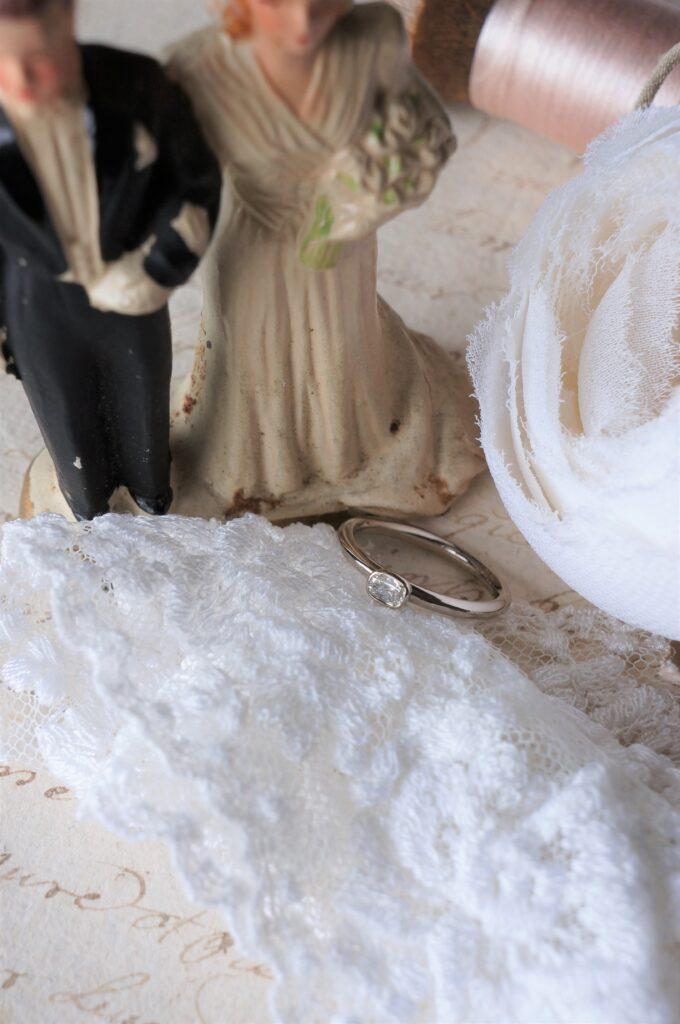 稀少で美しいダイアモンド 一点ものリングを結婚指輪にお選びいただきました♡