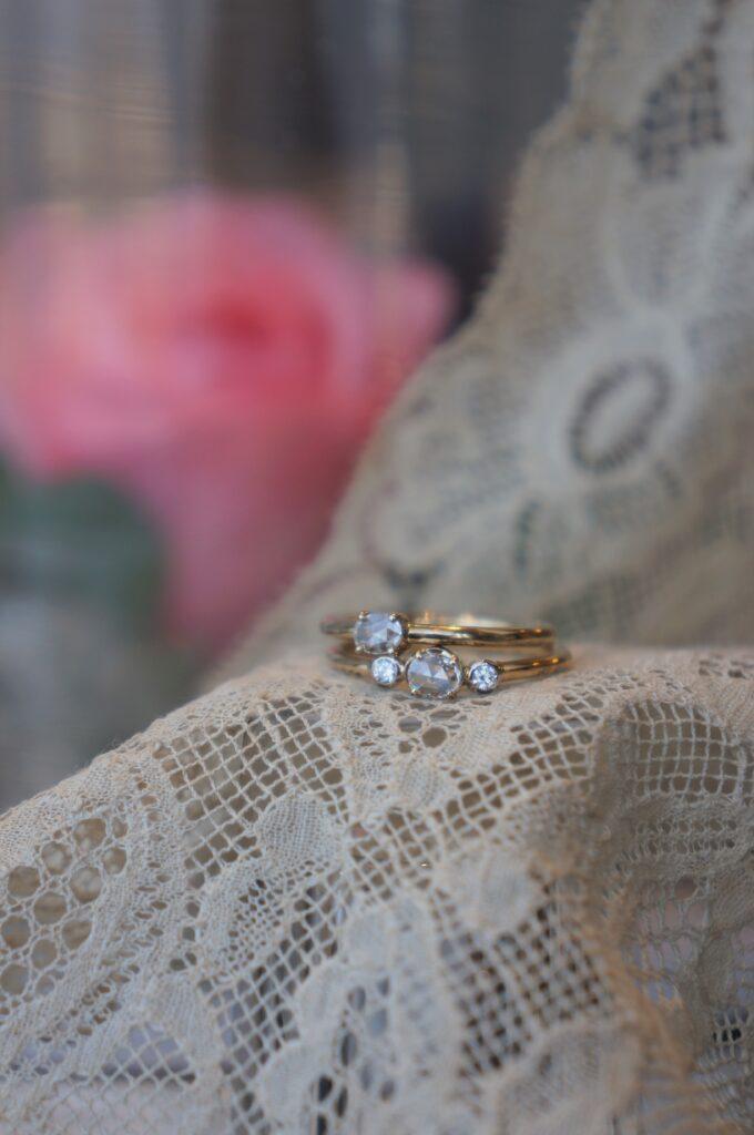 一点ものダイアモンドリング ご婚約、記念日の贈り物 それぞれに素敵な方のもとへ