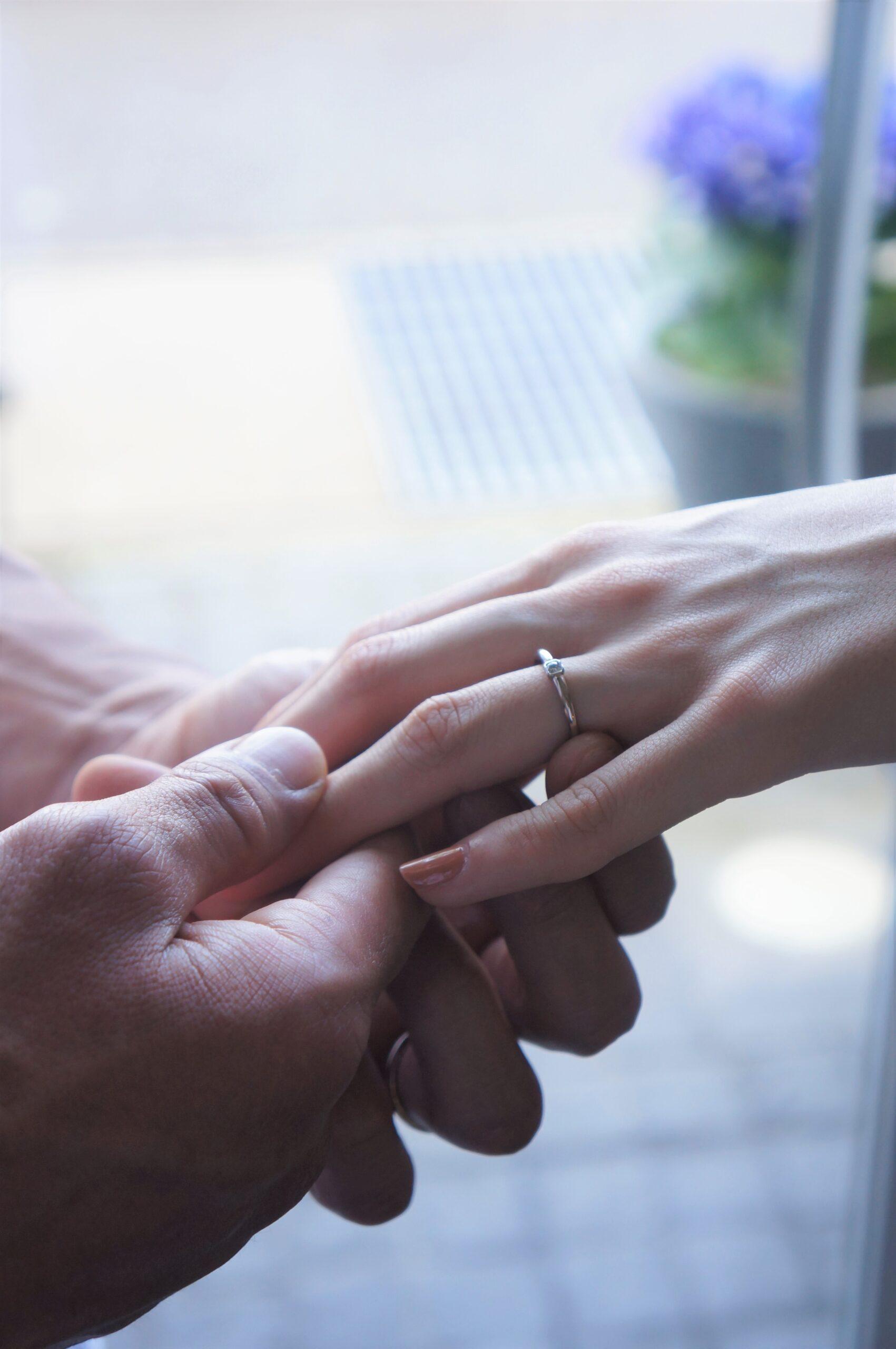 素敵な煌めきの結婚指輪
